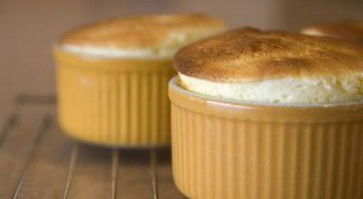 За 5 минут: суфле из яблочного пюре и творога