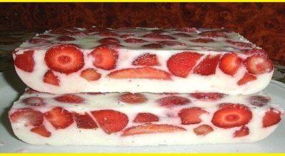 Легкий клубничный десерт без выпечки…Очень вкусно!