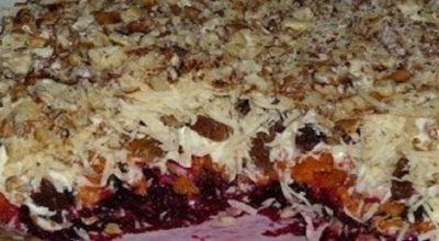 Очень вкусный слоеный салат «Магдалена»