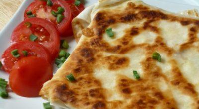 Гениальный сырный омлет в лаваше