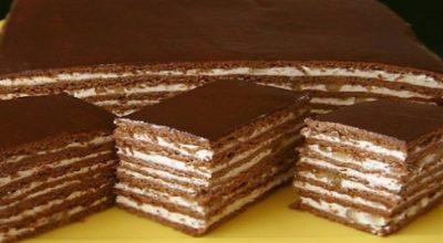 Медово-шоколадный торт с орехами