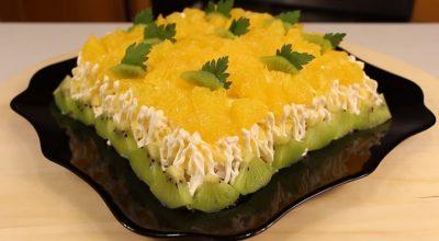 Нежный и потрясающе вкусный салат «Дипломат»: в центре любого застолья
