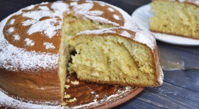 «Пушистость» этого сметанника зашкаливает! Сметанник пирог — очень просто и вкусно!